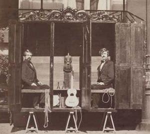 La cabina spiritica dei fratelli Davenport