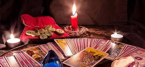 Cartomante per Eventi, Mentalista, Tarocchi e Rune