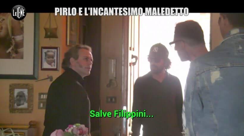 Matteo Filippini nei panni di un perfido ipnotista, a Le Iene