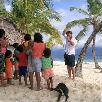 bambini spiaggia mago nel mondo