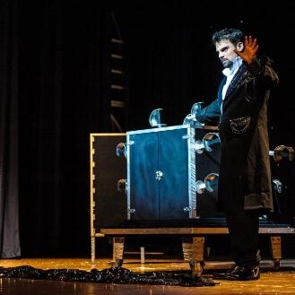 teatro illusionista carrassi leonardo