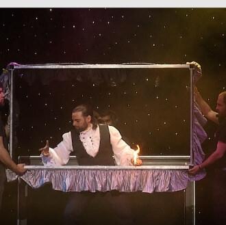 teatro illusionista carrassi mago leo